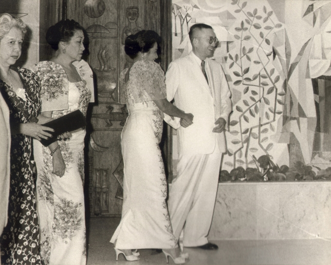 Don Eugenio Lopez, Sr. welcoming Mrs. Leonila Garcia, Mrs. Esperanza Osmeña and Mrs. Trinidad Roxas to the Lopez Memorial Museum during the inaugural ceremonies, 13 Feb 1960.